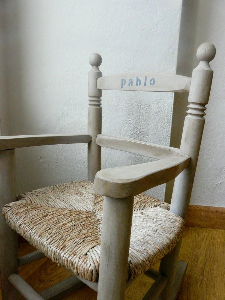 Una silla personalizada para Pablo. Antes y después